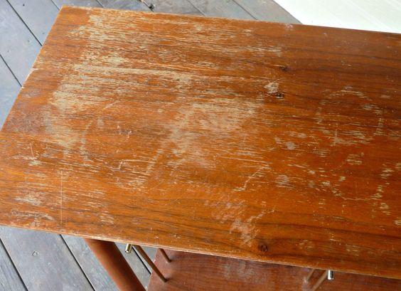 mesa-vieja-arañazos