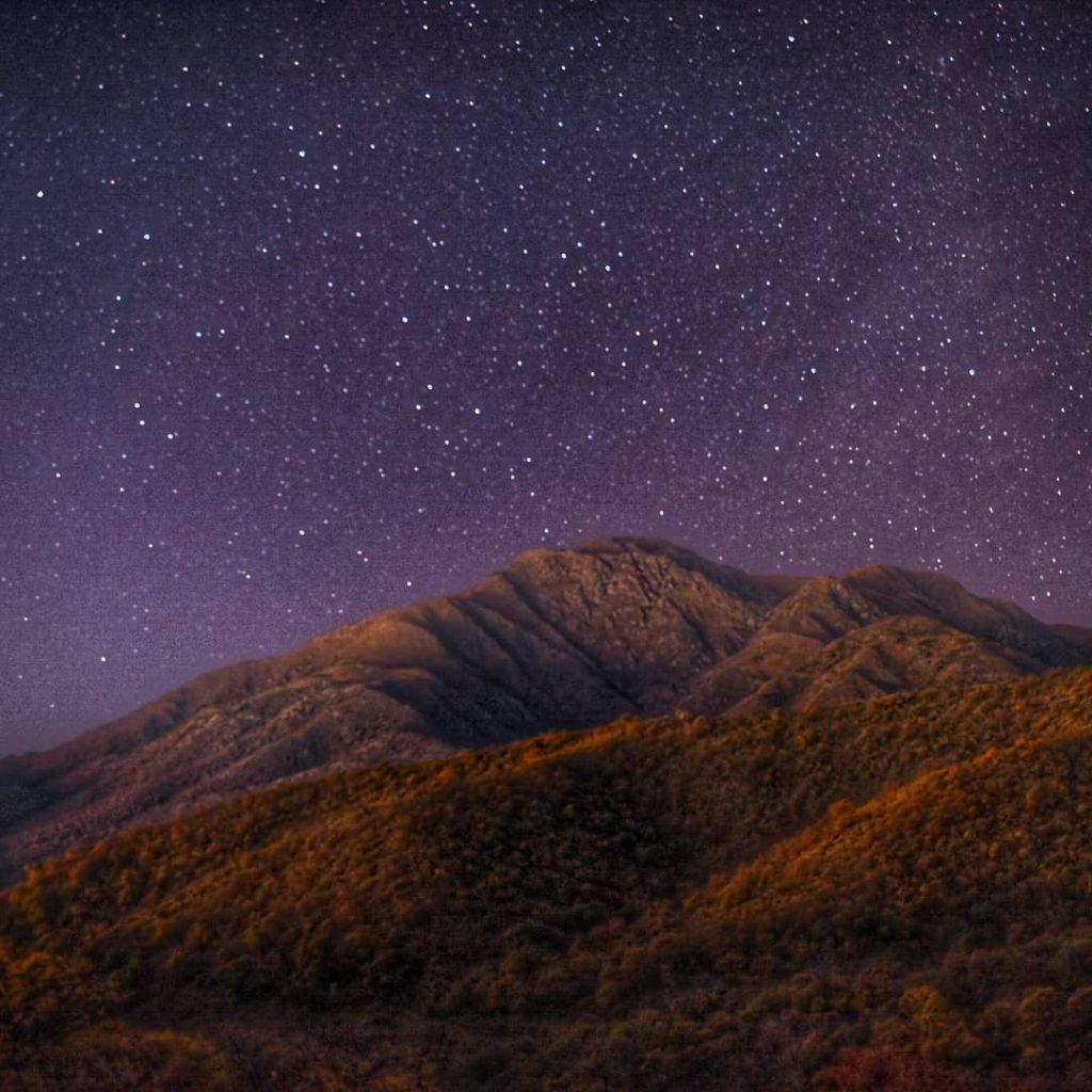 Sierra Capilla noche