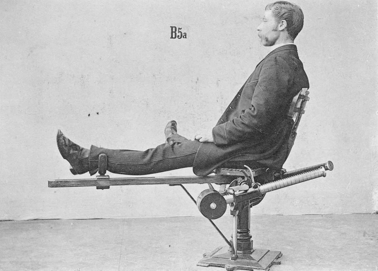 máquina piernas antigua