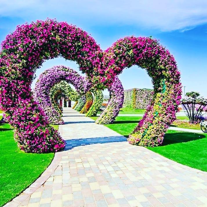 túnel de corazones