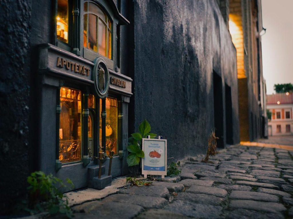 Farmacia ratones espacios calles