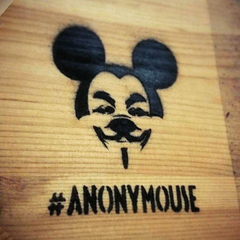 Logo Anonymouse espacios ratones calles