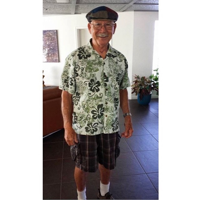 Abuelo flores padres outfits terribles