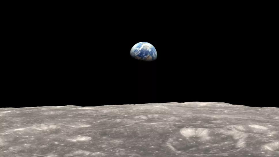 Tierra desde Luna oxidando culpa Tierra