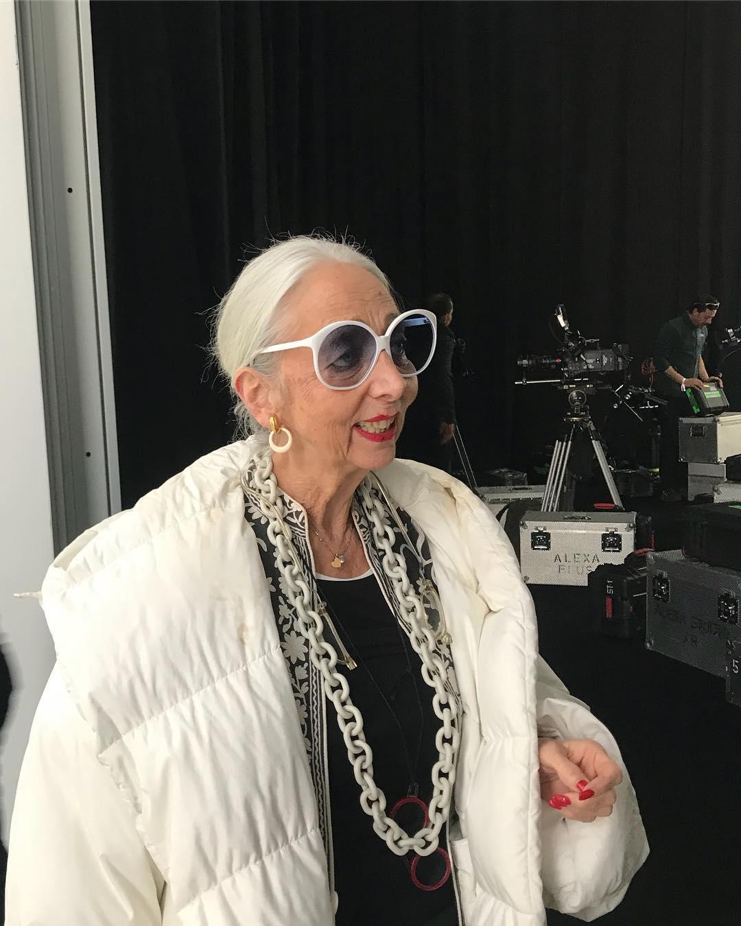 anciana glamurosa