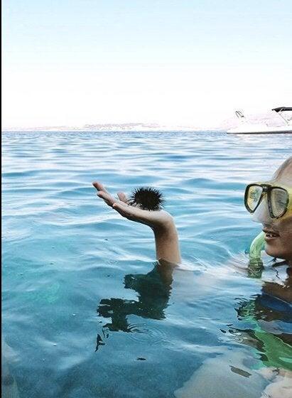 tirándose al mar