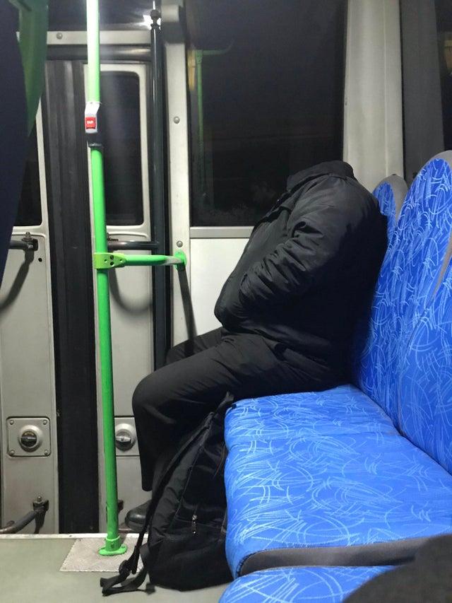 hombre sin cabeza metro