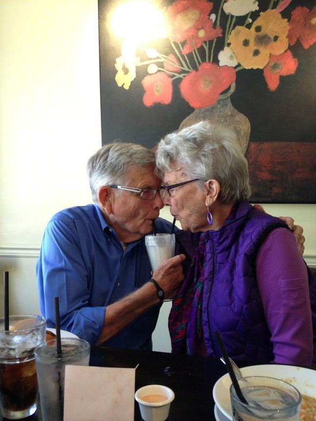 enamorados tras 50 años casados