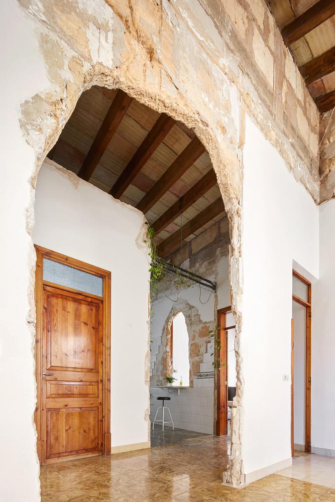 arco puerta entrada