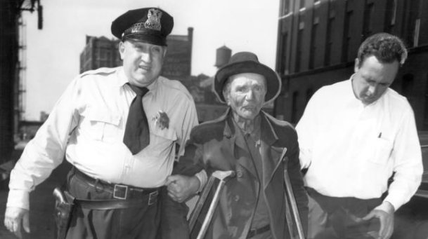 detención de un vagabundo en Chicago