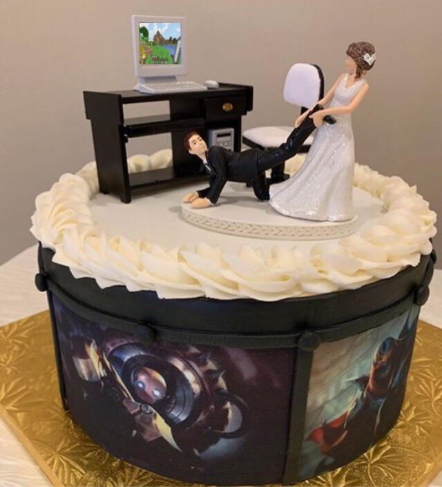 pastel boda oficina