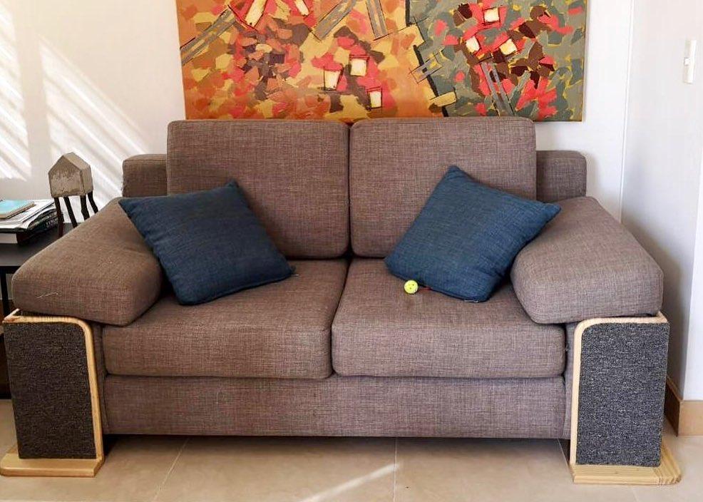 sofa con rascadores
