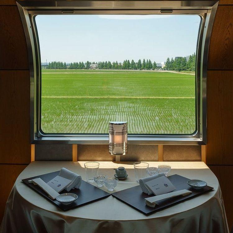 restaurante en tren