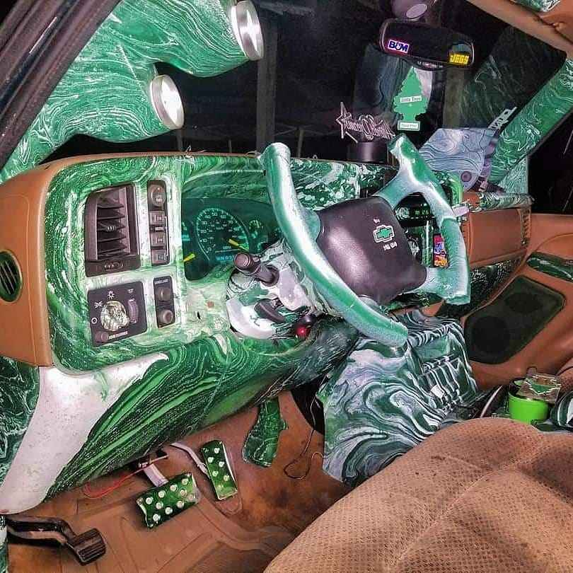 salpicadero verde