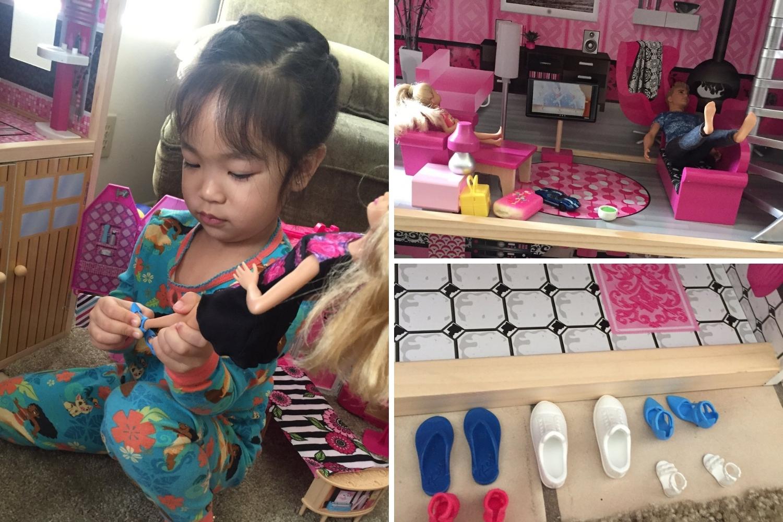 niña jugando con casa de muñecas