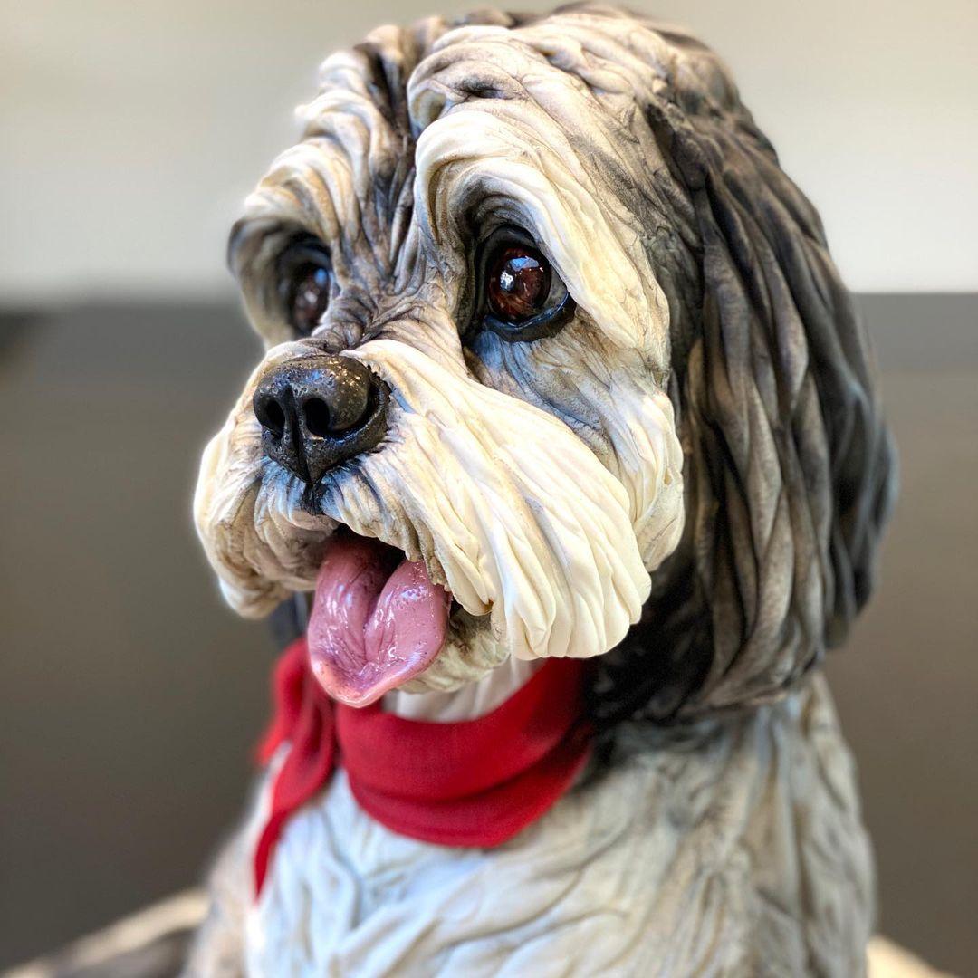 pastel con forma de perro