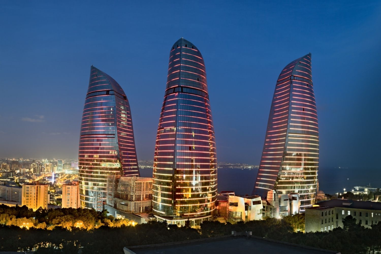 tres rascacielos
