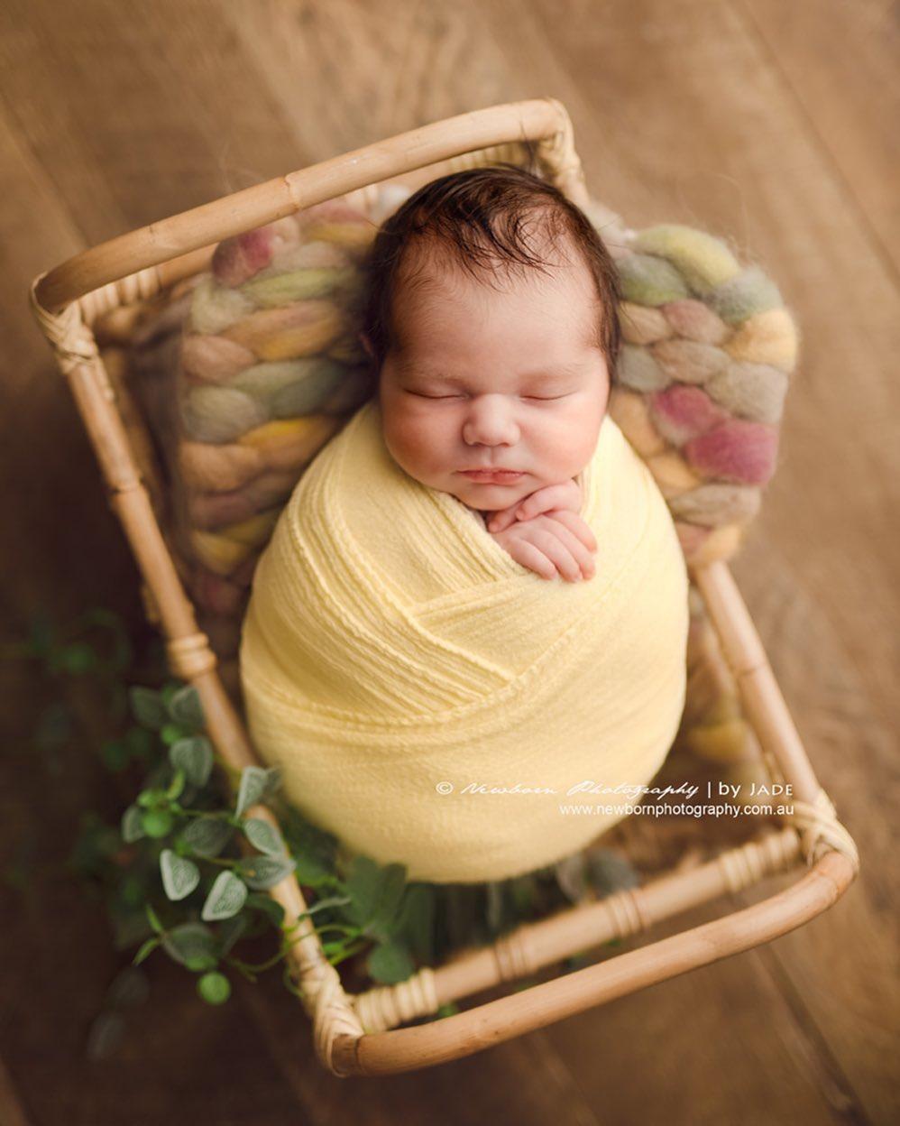 fotos de bebés como si fueran un huevo