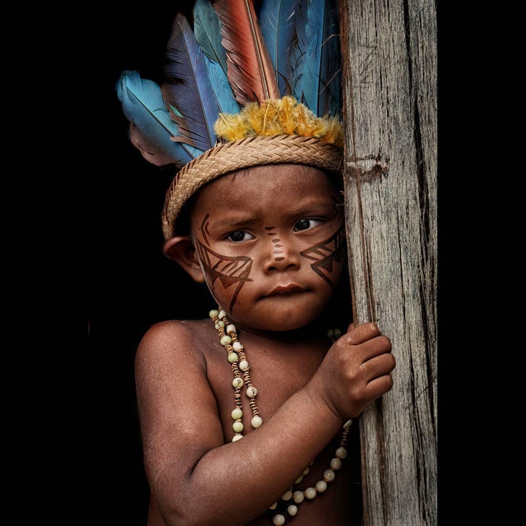 niño del Amazonas