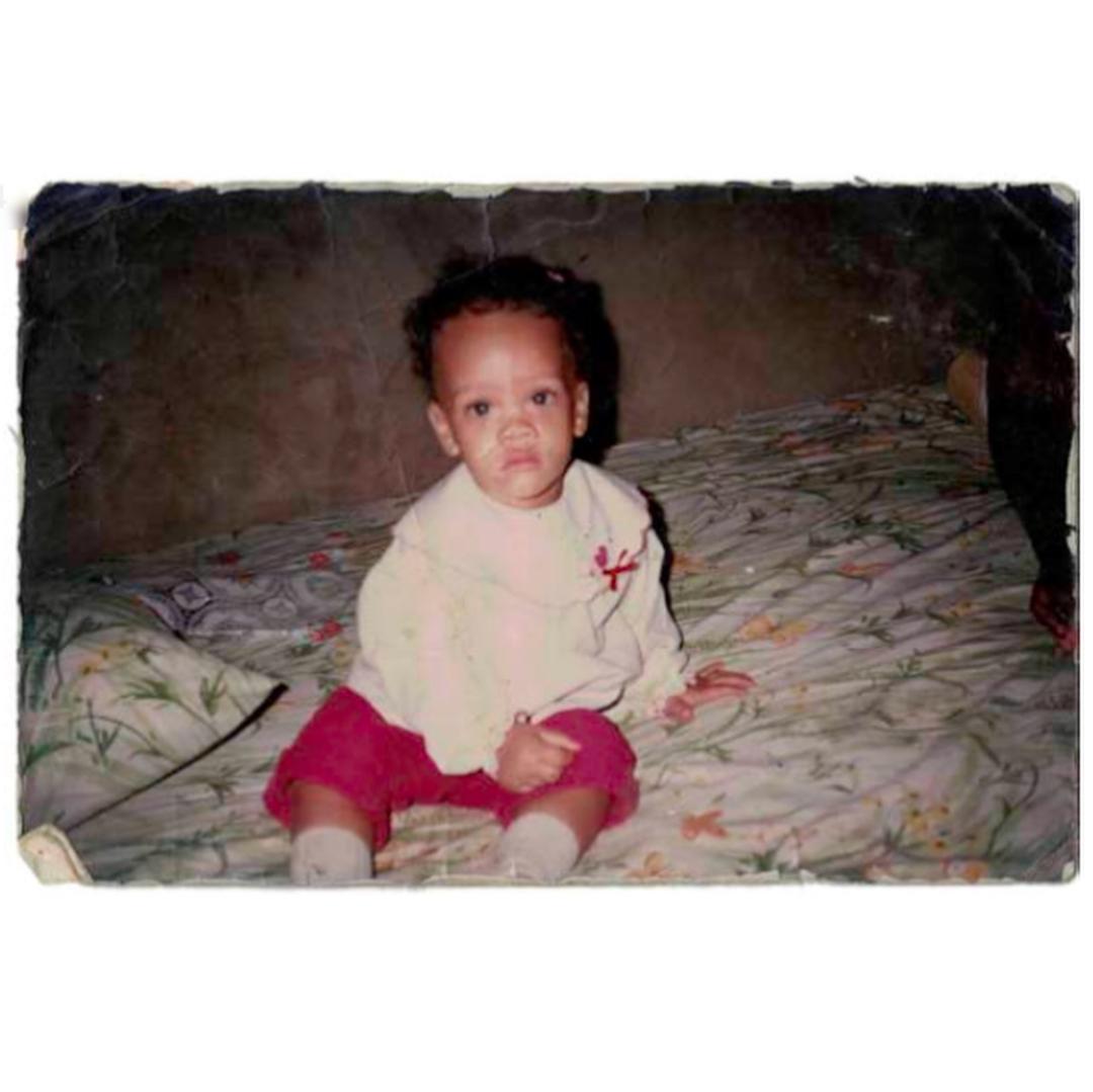 Rihanna de pequeña