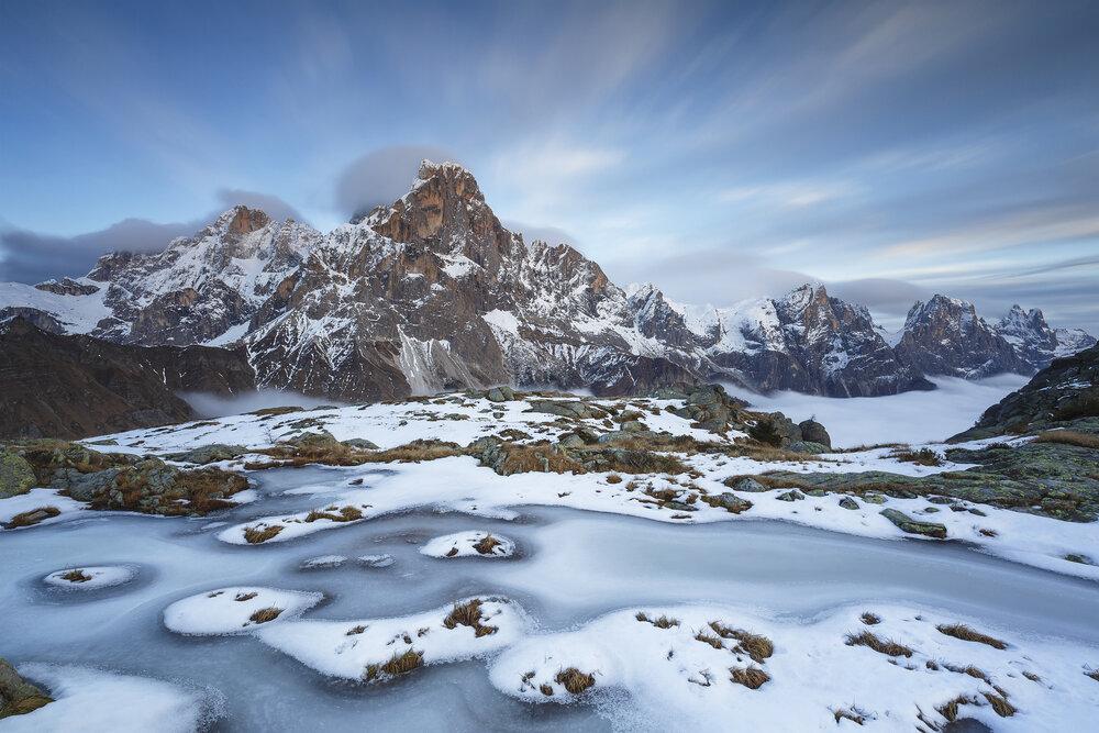 Estanque congelado en Italia